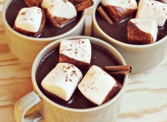 Zasladi dan: Dijetalna topla čokolada