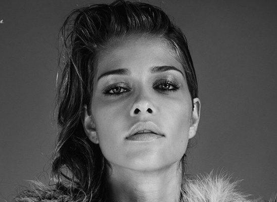 "Ana Beatris Baros na naslovnici magazina ""Harper's Bazaar"""