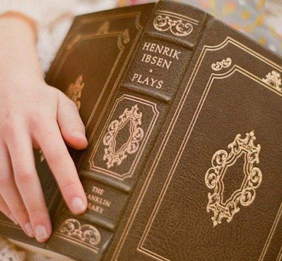 Deset knjiga koje bi trebalo da pročitate pre tridesete