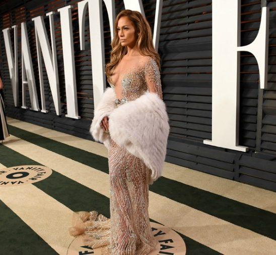 Niko ne nosi poluprovidne haljine kao Džej Lo