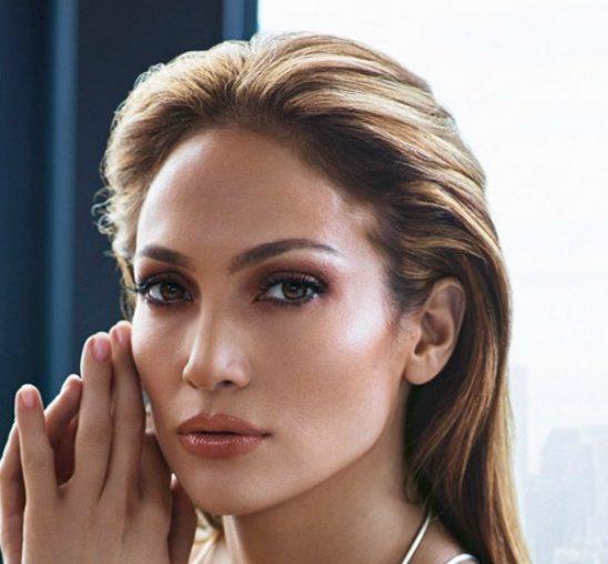 Glamurozna Dženifer Lopez blista u lookbook-u svoje nove kolekcije