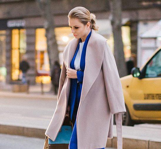 Poslovni stil: Odelo u kraljevsko plavoj boji
