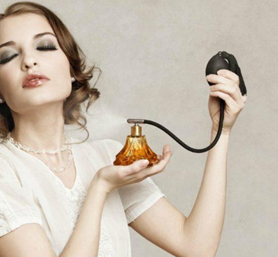 Korisno: Kako da razlikuješ KOPIJE parfema od originala