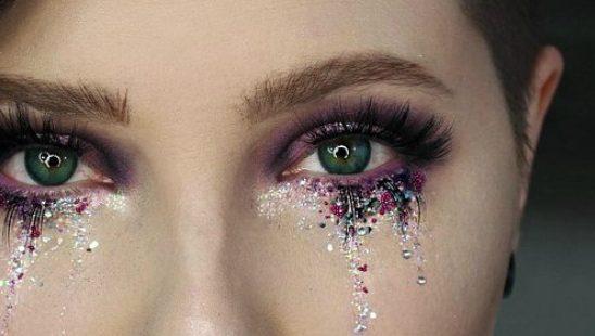 """Šljokičaste """"suze"""": BIZARNO ili trend?"""