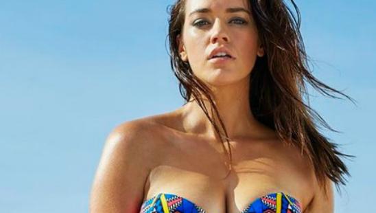 Idealni kupaći kostimi za devojke sa IZRAŽENIM oblinama