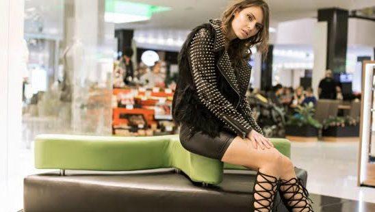 Modni predlog Stadion Shopping Center: Glam Rock stil za doček za pamćenje