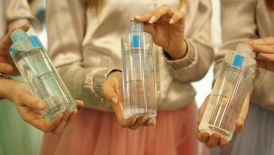 Zašto čišćenje lica micelarnom vodom treba da postane deo tvoje svakodnevne beauty rutine?