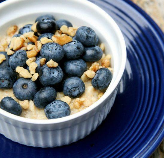 Šta bi trebalo da doručkuješ kako bi izgubila na težini?