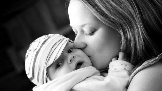 Trudnoća je dar: Sve što savremene mame treba da znaju na jednom mestu