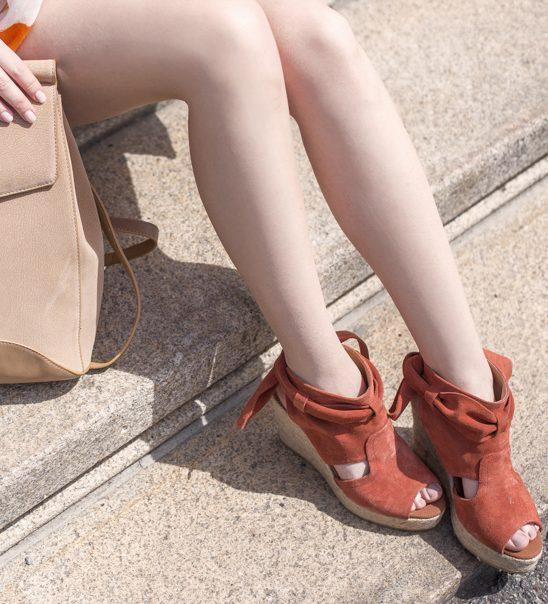 Stylish i na +30 stepeni: Ovaj letnji trend će učiniti da se ponovo zaljubiš u sandale sa platformom
