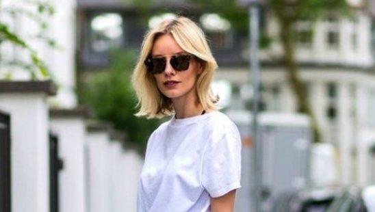 Kako da uvek odlično izgledaš samo uz džins i belu majicu