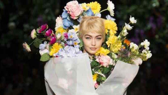 Kreacije sa svetskih Nedelja mode za proleće/leto 2018. inspirisane slikama Van Goga