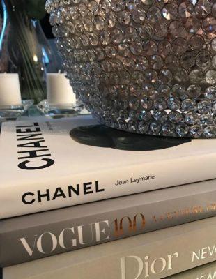 Istorija mode na dohvat ruke – knjige za prave ljubitelje mode