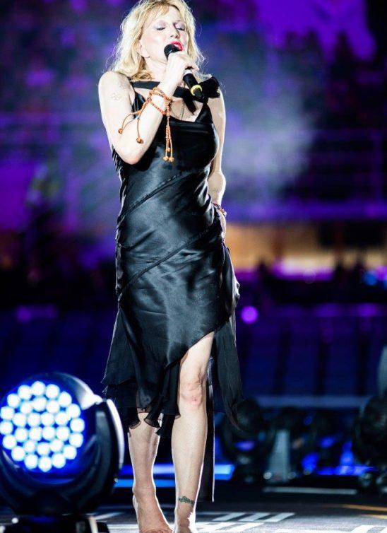 DIESEL voli Courtney Love