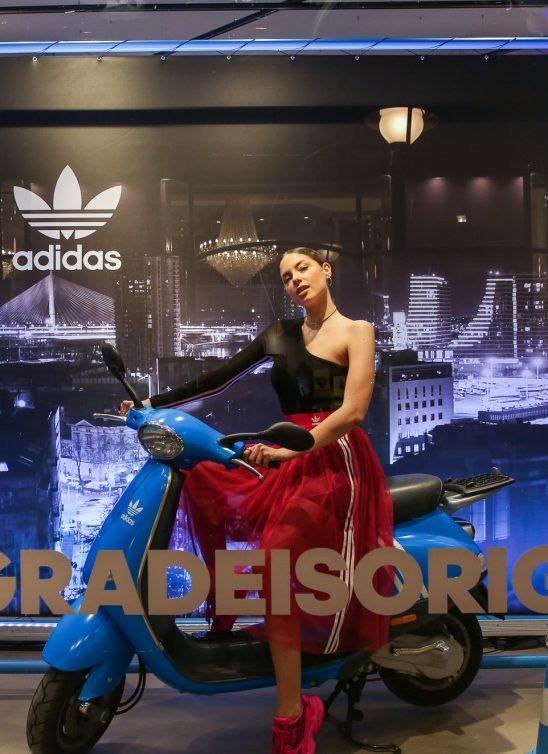 Otvorena prva adidas Originals radnja u Srbiji: Sara Jo i Slaven Došlo vozili Vespu i skejt u izlogu