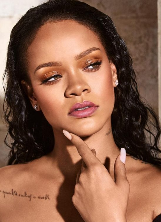 Rihanna je upravo predstavila novi veliki #nailart trend!
