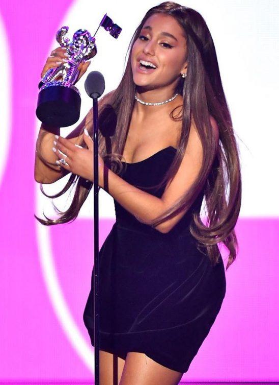 Ko je nominovan na MTV Video Music Awards 2019?