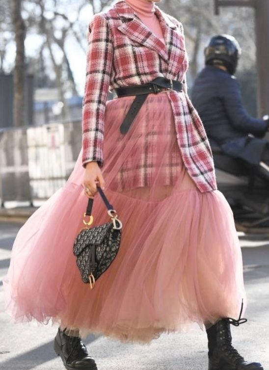 #trend: Midi suknja i kako da je nosiš i ove sezone
