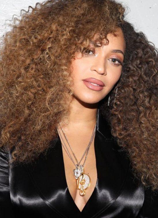 Ono što nas sve zanima: Kako zapravo izgleda prirodna kosa poznatih ličnosti?