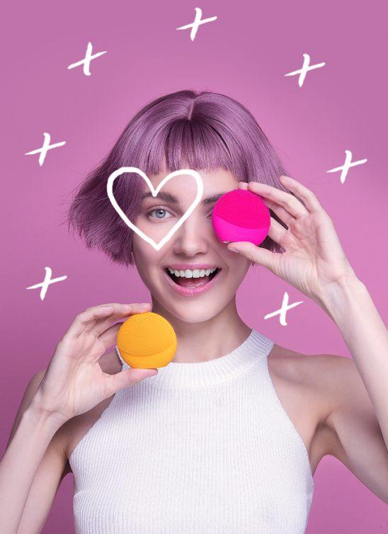 Prijavi se za FOREO Beauty Glow Up Session & osvoji FOREO LUNA Play Plus!
