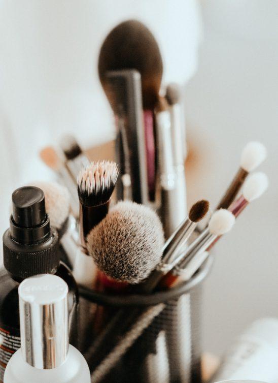 Kako da najefikasnije očistite svoj makeup pribor