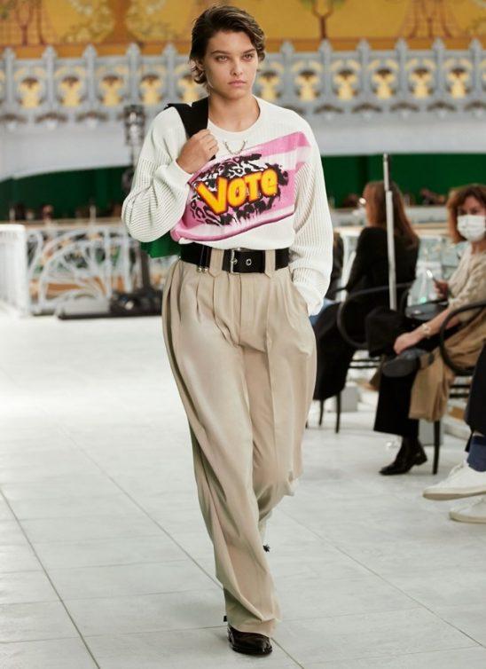 Modna kuća Louis Vuitton predstavlja nam reviju sa porukom