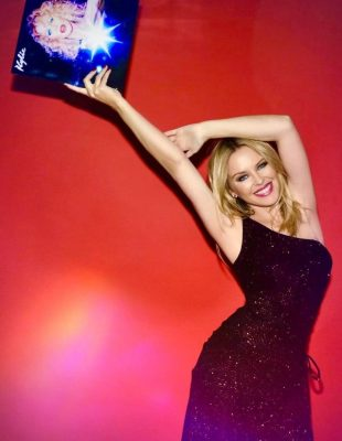 "Pop legenda Kylie Minogue predstavlja nam novi album ""DISCO"""