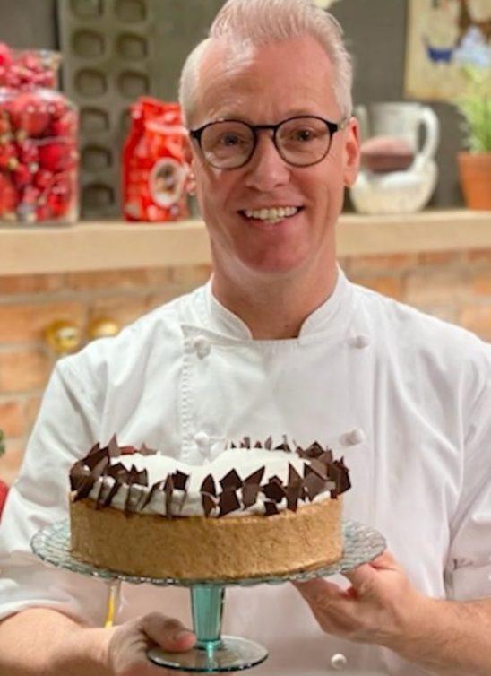 Kako je Rudolph van Veen, zvezda kanala 24Kitchen, uz jedan trik napravio savršenu srpsku starinsku tortu