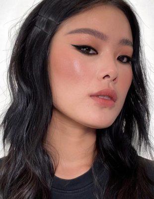 Makeup Artist Patrick Ta nam prikazuje novi trend – oči uokvirene crnim krejonom