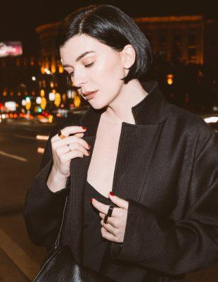 Predlog 3 minimalistička outfita – Kako Branislava Antović stilizuje komade Dragane Ognjenović