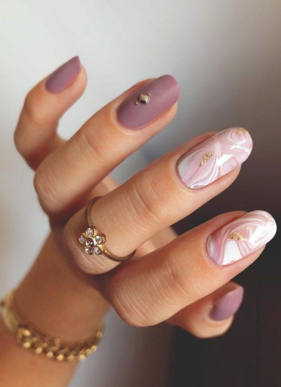 6 neobičnih načina da nosite manikir lila boje