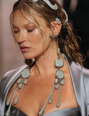 Kako da nosite aksesoare inspirisane modnom revijom brenda Fendi