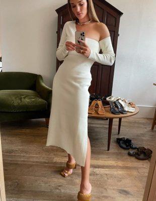 Čuvena manekenka Rosie Huntington-Whiteley lansirala je svoju liniju obuće – i želimo svaki par!