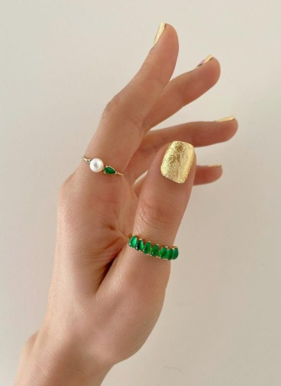 Zlatni, srebrni i metalik manikir je u trendu, a evo naših omiljenih ideja!
