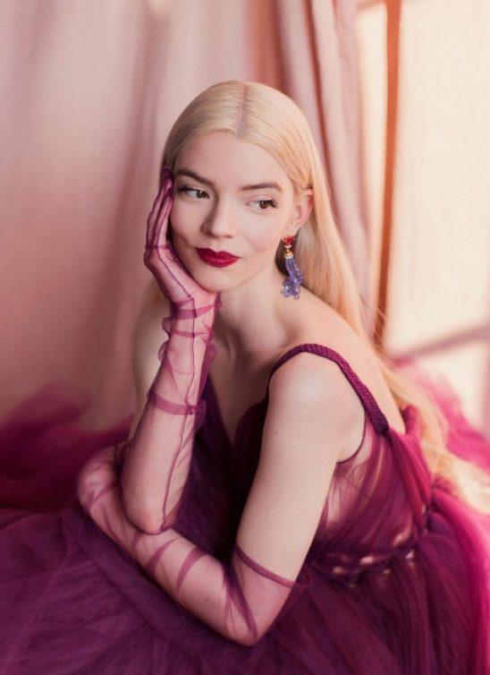 Glumica Anya Taylor-Joy je novi ideal holivudske lepote, a ovo je njenih osam najboljih beauty lookova