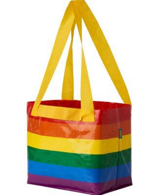 """U znak podrške LGBT+ pravima, IKEA Srbija podigla zastavu duginih boja i pokrenula kampanju """"Ljubav živi i izvan četiri zida"""""""