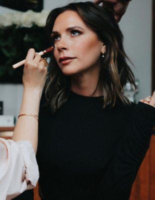 Beauty i modne tajne kojima nas je naučila Victoria Beckham