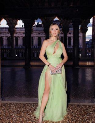 Evo zašto je mlada glumica Sydney Sweeney naša nova omiljena stilska inspiracija