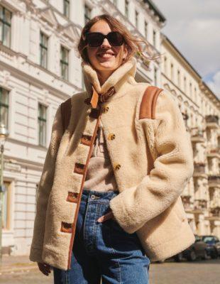 Dezeni, boje, sloboda – ovo je 8 atraktivnih odevnih kombinacija koje će obeležiti jesenju modnu sezonu