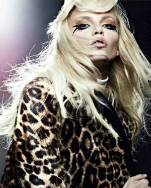 "Natasha Poly za ""Vogue Russia"" – septembar 2011."