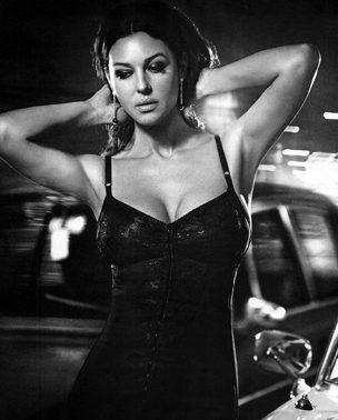 La Moda Italiana: Monica Bellucci